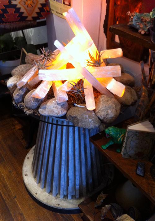 Ironwood Quartz Lamp